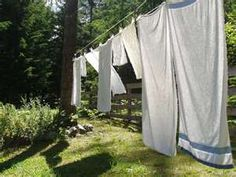 ... the sweet smell of sun-dried laundry. I love the smell of sun.