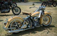 Old Classic Harley-Davidson Motorcycles Hd Motorcycles, American Motorcycles, Vintage Motorcycles, Bobber Bikes, Classic Harley Davidson, Used Harley Davidson, Harley Davidson Motorcycles, Harley Davidson Knucklehead, Harley Fatboy