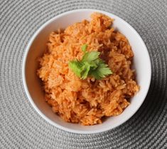 This beautiful red rice with spices and tomato sauce, easily made in an Instant Pot®, is a wonderful side dish for any Mexican meal. Mexican Rice Recipes, Rice Recipes For Dinner, Instant Pot Dinner Recipes, Pressure Cooker Recipes, Pressure Cooking, Slow Cooker, Pots, How To Cook Beef, Beef Stew Meat