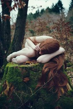 Photographer: Valerie Mrosek ~ Model: ShiSha Rainbow : Other poses and creative ideas for Photography Feral Heart, Dark Beauty Magazine, Poses Photo, Woodland Fairy, Nude Photography, Belle Photo, Mother Earth, Mother Nature, Faeries