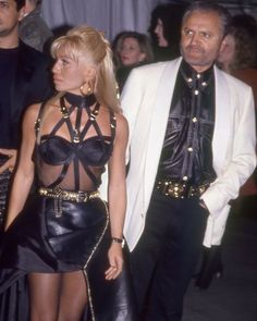 Gianni And Donatella Versace, Gianni Versace, Fashion Art, Leather Skirt, Vogue, Couture, Sexy, Skirts, Outfits
