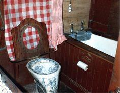 149 Monks Road, Lincoln: original Victorian bathroom 1983 by TinTrunk, via Flickr
