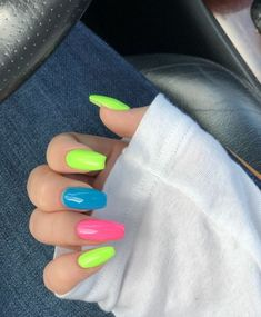 Nails rainbow Pretty Multicolored Nail Art Designs For Spring and Summer 2019 rainbow nail. Pretty Multicolored Nail Art Designs For Spring and Summer 2019 rainbow nails, colorful nail art design, French manicure, Multicolored Nail Art Designs Aycrlic Nails, Neon Nails, Hair And Nails, Neon Nail Art, Nail Nail, Stiletto Nails, Coffin Nails, Multicolored Nails, Colorful Nail Art