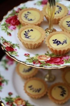 Bluberry Cheese Tart Dan Step by Step Tea Recipes, Dessert Recipes, Cooking Recipes, Mini Desserts, Just Desserts, Tea Party Desserts, Summer Desserts, Cheese Tarts, Afternoon Tea Parties
