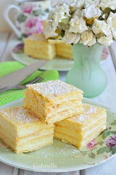 Hungarian Desserts, Hungarian Recipes, Hungarian Food, Eclairs, Bake Sale, Macarons, Cornbread, Sweet Recipes, Food To Make