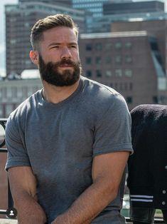 Medium Beard Styles, Hair And Beard Styles, Great Beards, Awesome Beards, Burley Men, Poses For Men, Beard Love, Hairy Men, Handsome Bearded Men