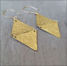 Hammered Brass Triangle Earrings w/ Gold Filled Ear Wires / Geometric Statement Jewelry by MuffyandTrudy on Etsy