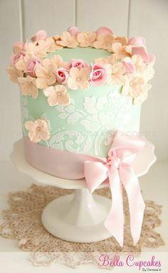 Cake - Floral Theme