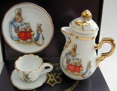 New Reutter Porzellan Dolls House Miniature Peter Rabbit Beatrix Potter Tea Set