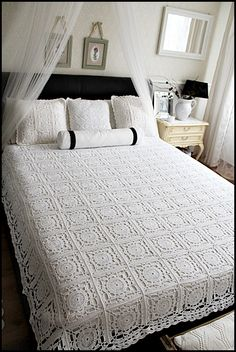Best 12 Crochet Tablecloth + Diagrams – Page 615093261590278969 Thread Crochet, Crochet Granny, Crochet Stitches, Free Crochet, Diy Crafts Knitting, Diy Crafts Crochet, Crochet Bedspread Pattern, Crochet Patterns, Crochet Tablecloth