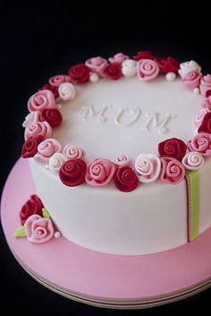 Write Name On Rose Birthady Cake For Sister. Free Create Happy Birthady Cake With Sister Name. Online Create Happy Birthday Cake For Sister.Free Print Name On H Pretty Cakes, Cute Cakes, Beautiful Cakes, Amazing Cakes, Beautiful Life, Bolo Floral, Floral Cake, Fondant Cakes, Cupcake Cakes