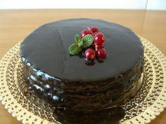 Tarta con cobertura de chocolate