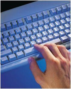 Logiciels d'aide pour enfants et jeunes au clavier : apprendre le clavier  Bien des enfants dys utilisent un ordinateur.Le premier point est l'apprentissage du clavier. Ce travail est réalis...