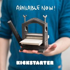 On a mission to make printmaking accessible to everyone! With this little printed press, the Open Press Project! Stamp Printing, Printing Press, Letterpress Printing, Diy Printing, Cool 3d Prints, Contemporary Printmaking, 3d Printing Business, 3d Printer Designs, 3d Cnc