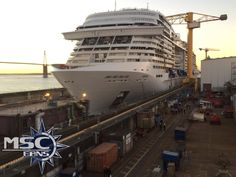 Yes it's a photo of MSC Meraviglia, but there is a close-up of Oasis 4 block in the photo! ;)