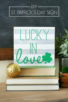 DIY St. Patrick's Day Sign - thecraftedsparrow.com