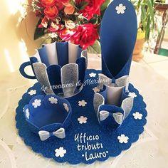 Diy Paper, Paper Crafts, Paper Flower Vase, Wedding Plates, Bottle Painting, Foam Crafts, Deco Table, Felt Art, Sewing For Kids