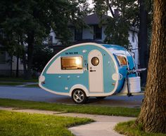 I want to buy this and travel the country...live off the land....da da da! The simple life. Love these!
