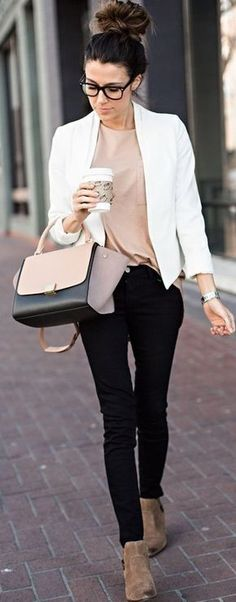 Suede Ankle Boots, Black Skinnies, Tan Boyfriend Tee, White Blazer And Celine Bag Casual Chic Winter Streetstyle Hello Fashion Fashion Mode, Work Fashion, Womens Fashion, Workwear Fashion, Fashion Black, Fashion Clothes, Fashion Ideas, Fashion Jewelry, Fashion Trends