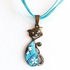 Hand painted cat Pendant blue turquoise white by BespokeInnaDesign