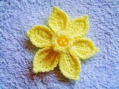She Loves To Crochet: The Daffodil Pattern and Tutorial