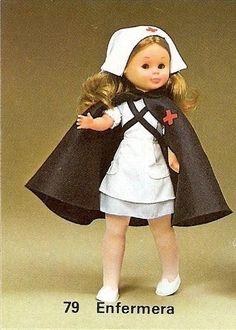 nancy 79 enfermera 76 - Buscar con Google Softies, Nancy Doll, Doll Making Tutorials, Vintage Dolls, Doll Patterns, American Girl, My Girl, Doll Clothes, Winter Hats