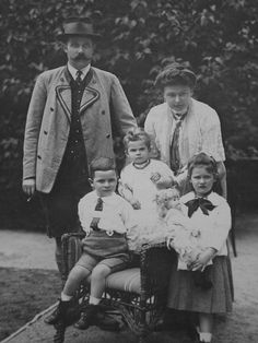 Archduke Franz Ferdinand, Countess Sophie and their family
