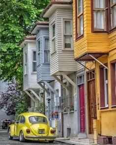 Traditional Turkish Houses - #Kuzguncuk #Istanbul #Turkey // Murat ATEŞ (muratate.s) • Instagram photo