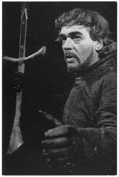 Paul Scoffield as Macbeth