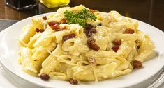 a prepared Cheesy Leek & Bacon Pasta meal