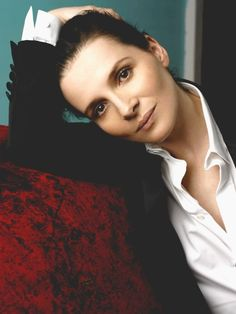 """Juliette Binoche:  """"I live for the present always. I accept this risk. I don't deny the past, but it's a page to turn."""""""