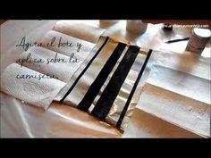 """DIY """"Camiseta CADENCE glitter"""" Decora con SHAKE&GILT de """"Cadence"""", de una manera muy rápida y sencilla, una camiseta negra de algodón. Consigue un estilo moderno y muy festivo con tan solo 2 materiales:  *Un bote de glitter plata SHAKE & GILT Ref:889033  *Cinta de carrocero  Distribuido por www.artesaniasmontejo.com"""