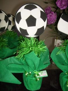 Inspire your Party ® Soccer Birthday Parties, Football Birthday, Soccer Party, Soccer Centerpieces, Soccer Banquet, Kicker, Football Themes, Event Planning, Party Themes