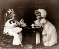 Children's tea party 1908
