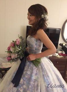 シニヨンからふわふわサイドダウンへ♡可愛い花嫁さまのホテル婚   大人可愛いブライダルヘアメイク 『tiamo』 の結婚カタログ Cute Costumes, Bridal Hair, Wedding Hairstyles, Hair Beauty, Flower Girl Dresses, Bride, Wedding Dresses, Hair Styles, Clothes