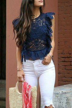 Fourth of july outfit ideas - andee layne blusas de encaje, blusas camisas, Modest Fashion, Fashion Dresses, White Skinnies, Casual Outfits, Cute Outfits, Vetement Fashion, Outfit Trends, Elegant Outfit, Look Chic