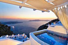Photo gallery of Pegasus Suites & Spa - Santorini hotel Santorini Sunset, Santorini Hotels, Santorini Greece, Santorini Honeymoon, Santorini Wedding, Beautiful Islands, Beautiful Places, Beautiful Sunset, Windows