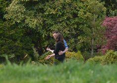 Foto - Jamie Dornan e Dakota Johnson nel giardino della Big House | 50 Sfumature Italia