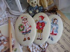 Hangulatos ház Julia Arkhipova: Vintage karácsonyi dekoráció hímzéssel