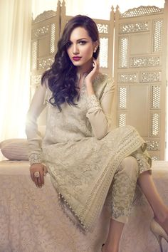 Show Mall and Bridal Dresses Online : Elan Summer Collection Pakistani Couture, Pakistani Outfits, Indian Outfits, Couture Mode, Couture Fashion, Summer Dresses 2014, Party Kleidung, Bridal Dresses Online, Dress Online