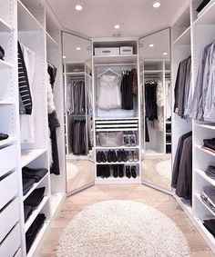 Below are the Closet Design Ideas For Your Home. This post about Closet Design Ideas For Your Home was posted … Walk In Closet Design, Bedroom Closet Design, Master Bedroom Closet, Closet Designs, Small Walk In Closet Ideas, Dressing Room Closet, Dressing Room Design, Dressing Rooms, Organizing Walk In Closet