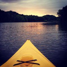Nothing better than kayaking to the middle of nowhere with someone and floating for the honeymoon? Kayak Camping, Kayak Fishing, Pine Mountain Lake, Eagle Lake, Kayak Paddle, Outdoor Pictures, Kayak Adventures, Adventure Activities, Kayaking