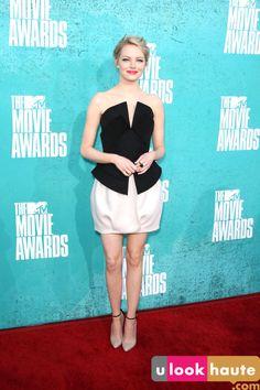 emma stone wearing martin grant // mtv movie awards red carpet