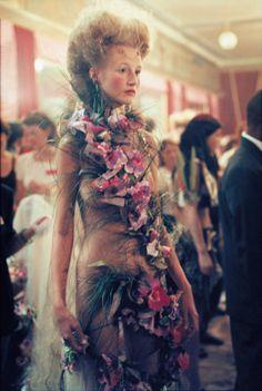 1998-99 - AlexanderMcQueen for Givenchy Couture - backstage Esther de Jong