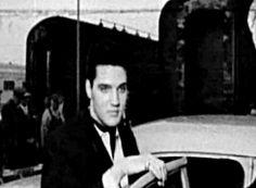 Elvis Presley arrives in L.A to film G.I. Blues. Los Angeles 20.April 1960