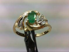 Emerald Lady's Stone & Diamond Ring 2 Diamonds Carat T. Yellow Gold 2 Pre-owned Diamond Stone, Diamond Rings, Diamond Cuts, Lds, Stone Rings, Emerald, Writing, Yellow, Jewelry