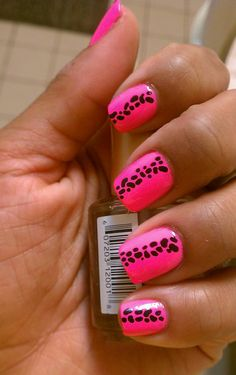 You can use a nail dotter or a tooth pick for these dots <3
