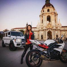 Top 10 Coolest Motorcycle Ladies of 2016