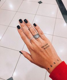 mini tattoos with meaning . mini tattoos for girls with meaning . mini tattoos for women Little Tattoos, Small Tattoos, Trendy Tattoos, White Tattoos, Small Tattoo Designs, Art Designs, Future Tattoos, Tattoos For Guys, Hand Tattoos For Women