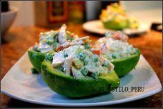 Palta rellena receta - chicken avocado filled - peruvian recipe